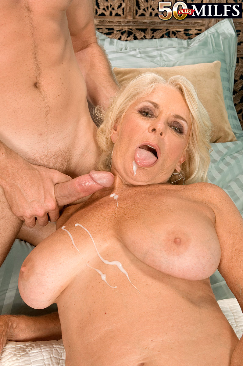 Blonde Mature Georgette Parks has intense Sex 1 of 1